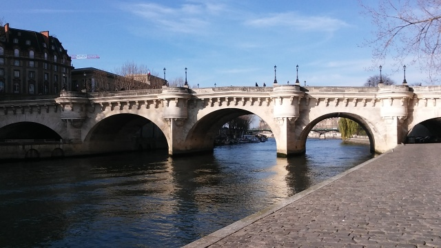 Paris river travel