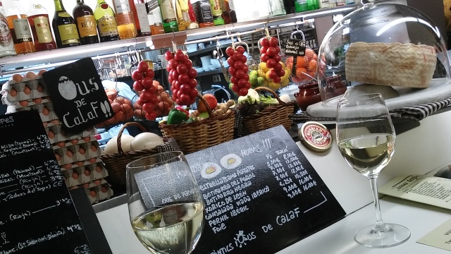 Barcelona travel wine tapas