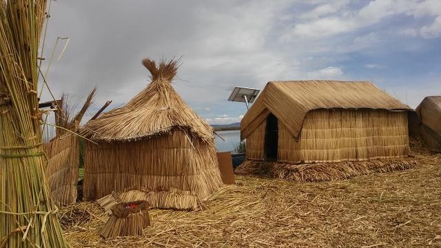 reed islands Peru