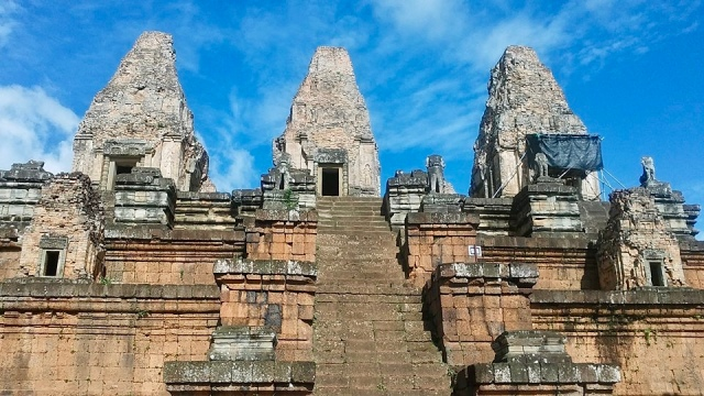 cambodia siem reap temple  sky