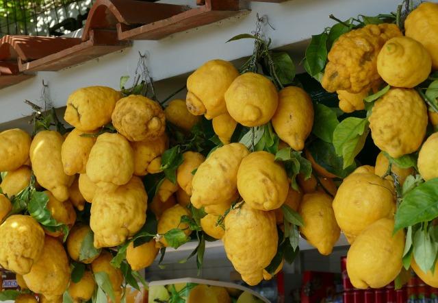 lemon-2662086_1920