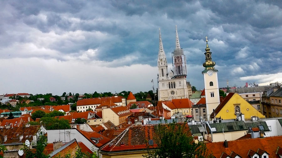 How To Afford Traveling the world in your 20s, budget travel tips, wanderlust, Zagreb Croatia