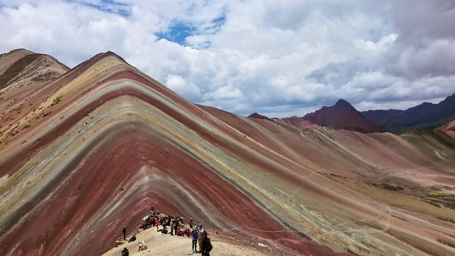 rainbow mountain Peru travel