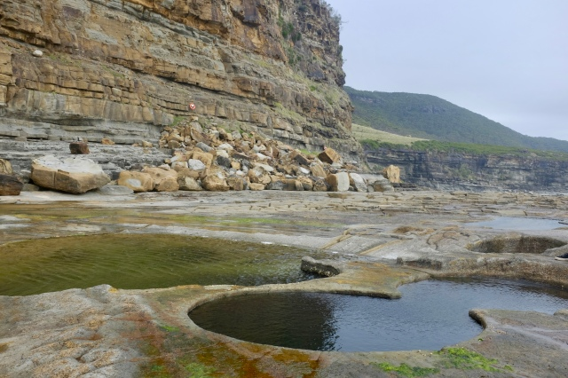 travel Sydney Australia royal national park figure 8 pools