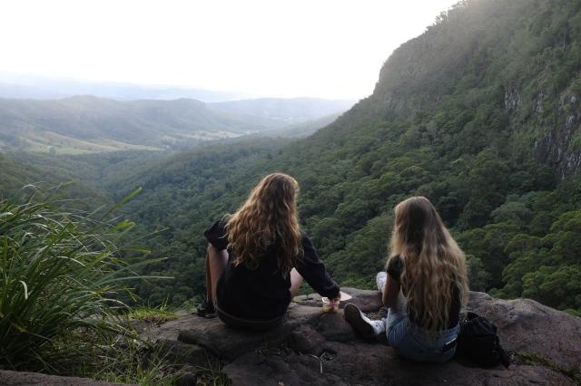 moran-falls australia travel girls