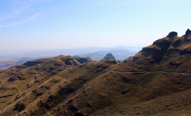 ampitheatre hike south africa drakensberg