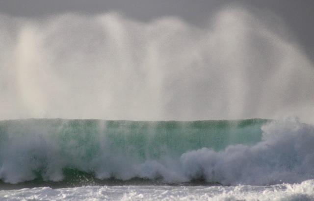 barrel crashing wave surf